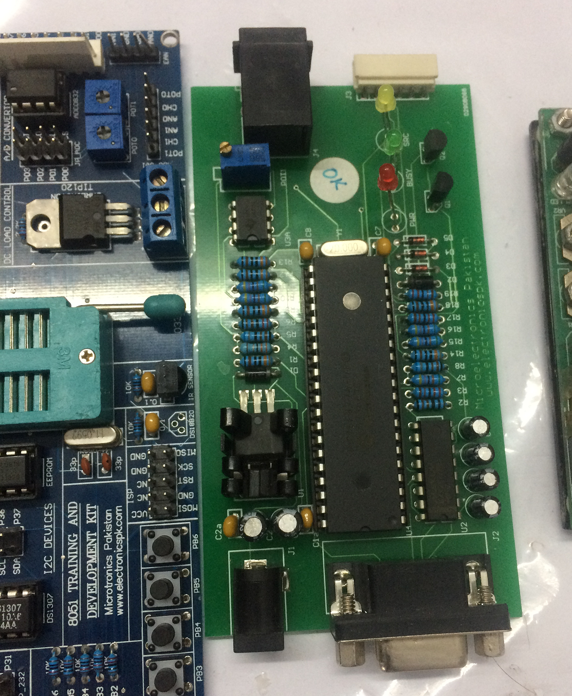 Do Atmel Avr And 8051 Microcontroller Programming In C By Programmer Circuit Junaid Ahmad92